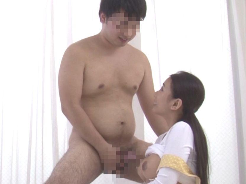 童貞のかわいいノンケデブ男子が登場!ぷにぷにの全裸を確認してください!
