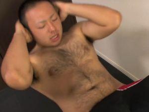 デブ動画 筋トレから始まる巨根のムチ熊君のオナニーを見てみる!