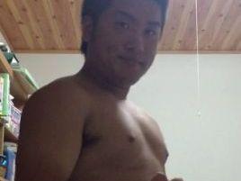 【本物ノンケ動画】うわっ!短髪のムッチリいい感じの若者の全裸!これは見たくなりますね。宅配ちんこ♡138
