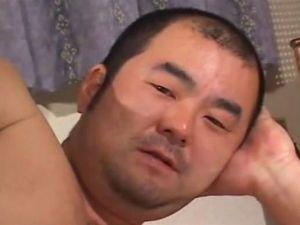 ガチムチ動画 ふんどし姿がお似合いです!純日本人的で硬派な兄貴の全裸オナニーを見てみる!
