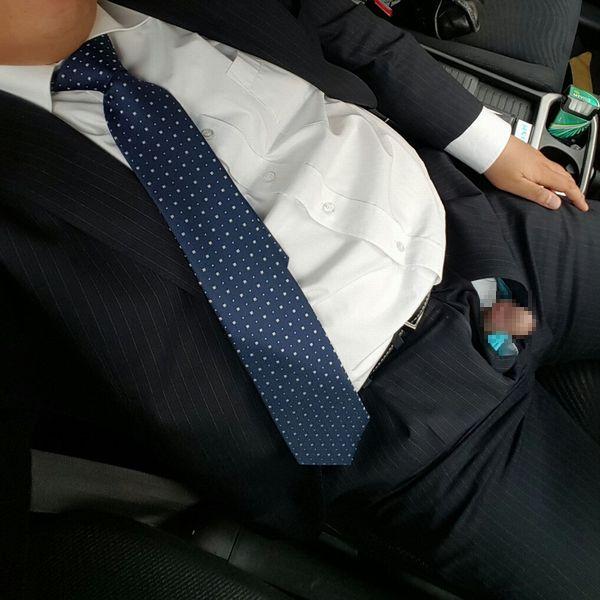 ノンケリーマン画像 毎日お疲れ様です!通勤途中のリーマンさんの拾い画像を置いておきます。(3月25日追加更新!)