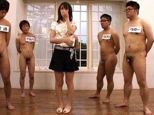 ノンケの童貞「ラガー君」、他の童貞男達の中から見事に選ばれて童貞喪失なるか?ラガー君の全裸をたっぷり見たい!
