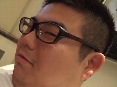 【デブ動画】可愛いメガネデブ君はエロタチ!デブ男のケツを掘って気持ちいい~!