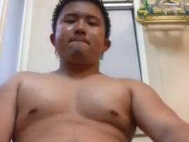 【本物ノンケ動画】ボリューム感たっぷりの男子学生が風呂場で全裸オナニー㊙無修正