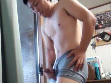 【本物ノンケ動画】ムッチリ体型が魅力的なアメフト選手のオナニー!