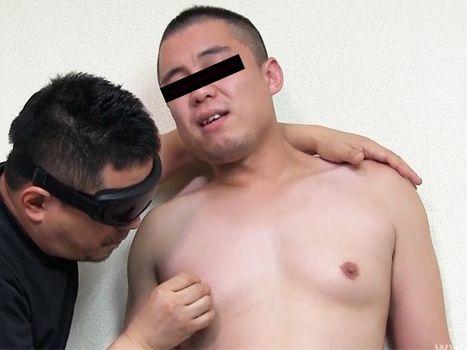 むっちり体型が得意分野です!男に手コキをされて射精する動画を見てみる!動画配信「inside」特集!(10月23日更新)