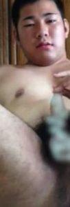 【本物ノンケ動画】無料です!可愛い感じのむっちりノンケの全裸オナニーを見てみる!