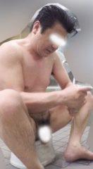 【本物ノンケ動画】がっちり親父が銭湯で体を洗っているシーンを見てみる!【期間限定】