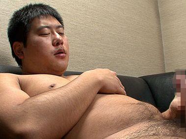 【期待大のノンケ君】がっちり重量感のあるアメフト部OBが全裸でデカチンをシゴく!