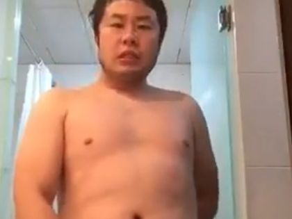 【デブ動画】ムチッとした体型がたまらん!ノンケ兄ちゃんが全裸でオナニー!