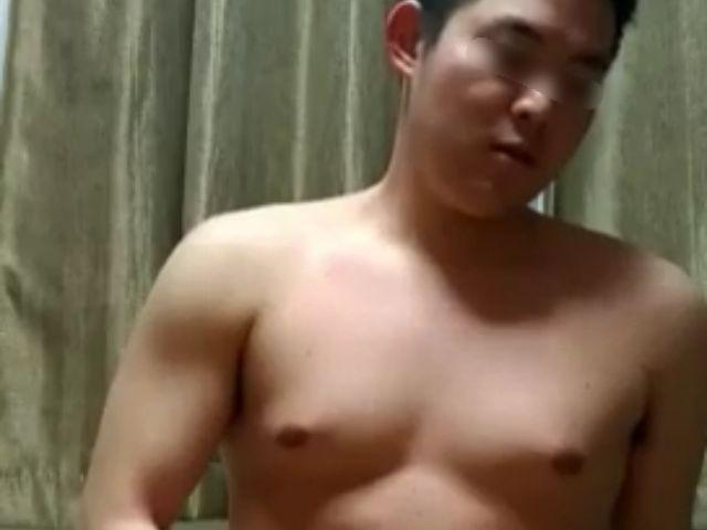 【本物ノンケ動画】期待大!可愛いゆるぽ君のオナニー日誌!ジム頑張ってます❤️3回射精!