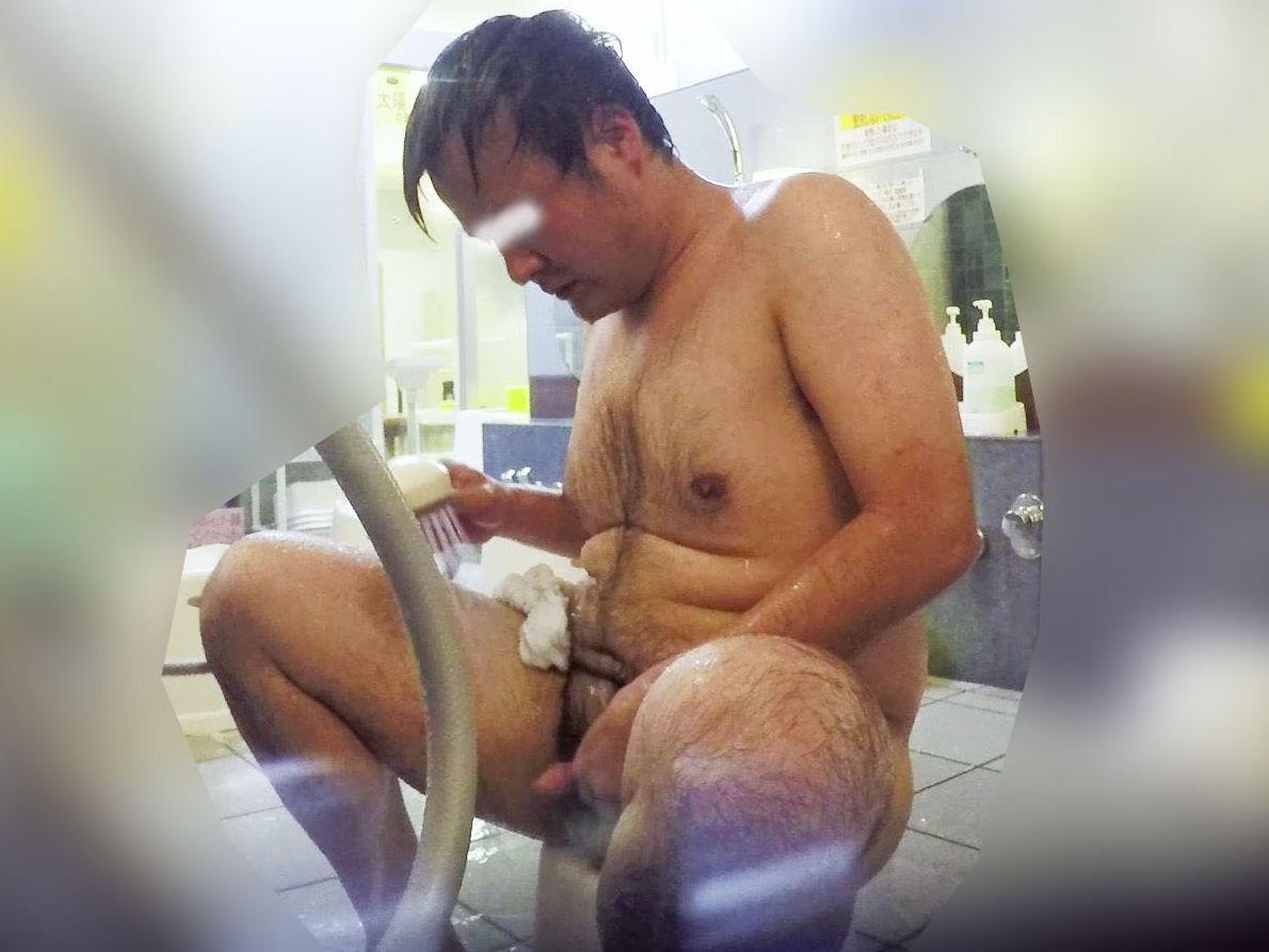 【本物ノンケ動画】毛深い親父さんが銭湯で体を洗うシーンを見てみる!