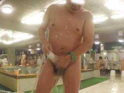 【本物ノンケ動画】銭湯のノンケの全裸姿を観察する!今回は中年親父が中心です。