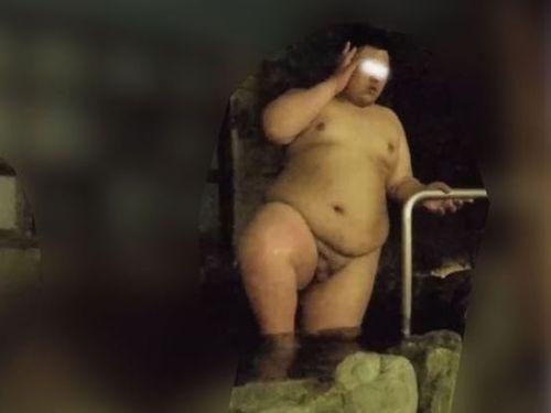 【本物ノンケ動画】銭湯盗撮!体重3桁の若デブ男子登場!【新シリーズ】