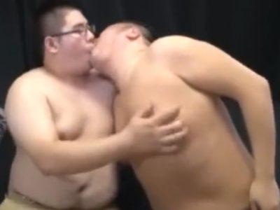【若デブ動画】若デブ男子の肉肉しいエロ交尾