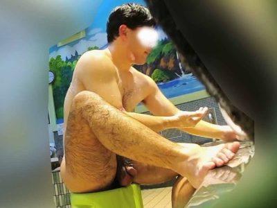 【本物ノンケ動画】充実した肉体のノンケ男子の太め包茎チンポを観察!