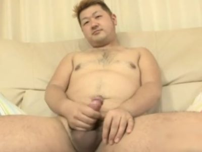 【無修正ノンケ動画】カッコいいデブ熊男子の無修正全裸オナニー!