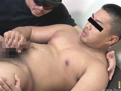 ガチムチ体型のガテン系ノンケ男子が男に抜かれる!