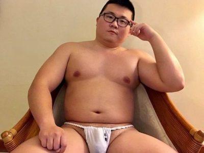 【ガチデブ画像】メガネを掛けたかわいいガチデブ男子!愛嬌たっぷり♪(画像追加)