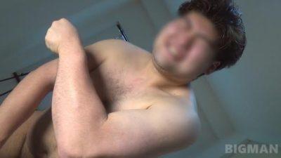 【本物ノンケ動画】衝撃!超貴重!180×110×25、元ラガーマンのスカ